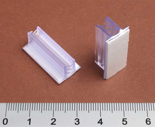 Card Grip 13mm x 25mm mit ablösbarem Kleber